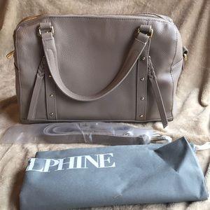 Ora Delphine